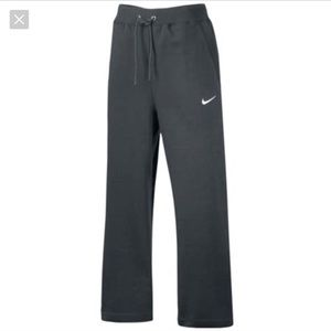 NIKE Club Fleece Open Leg Pants Gray - Medium